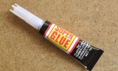 Super Glue Diet Lispstick