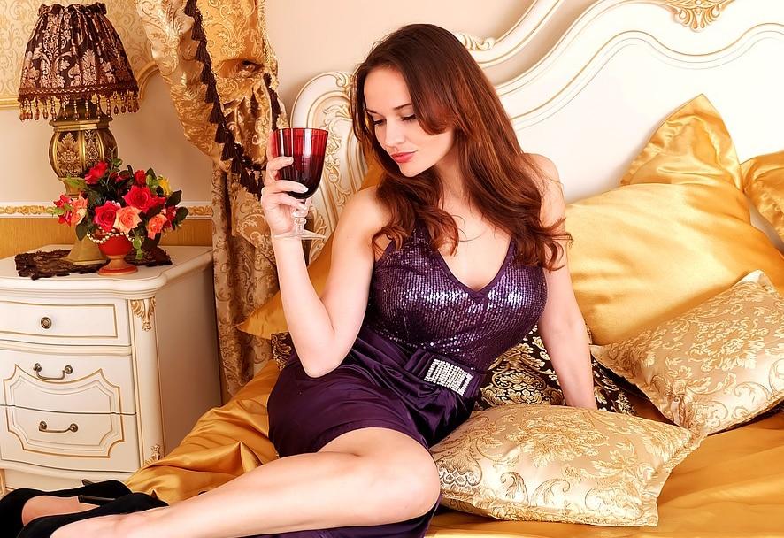 Bedtime wine diet