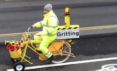 Gritting bicycle