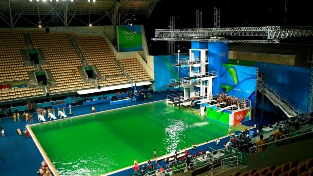 olympic diving pool turns green
